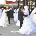 Турецький фонд організовує масові весільні церемонії за кордоном