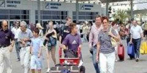 За півроку анталия прийняла понад 3 млн. 700 тис. Туристів